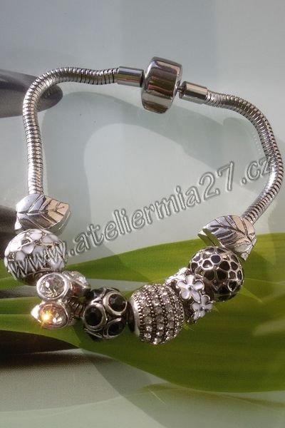 Náramek z chirurgické oceli   Ateliér Mia 27 833a6822342